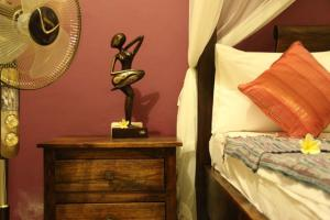 bali-surf-accommodation-standard-room-3