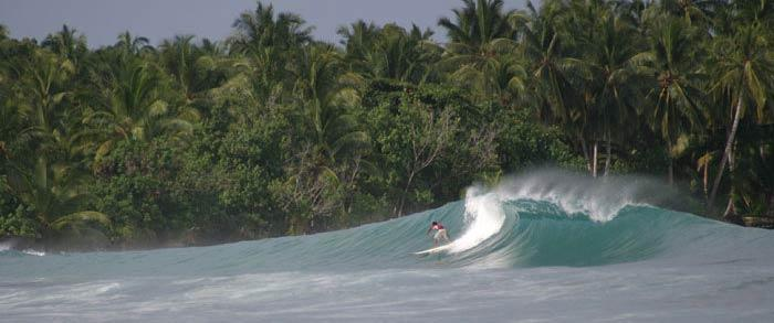 indonesia-surf-travel-1