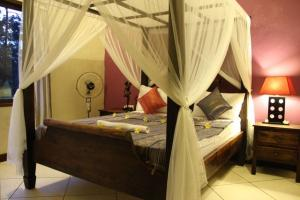 bali-surf-accommodation-standard-room-1